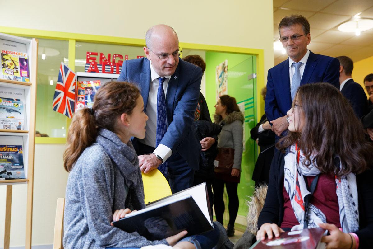 Devoirs faits et interdiction du téléphone portable   déplacement dans un  collège de Dijon - Ministère de l Éducation nationale et de la Jeunesse 687865a51f8