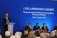 © Caroline Lucas / M.E.N.E.S.R - Gilles de Robien lors du séminaire gouvernemental
