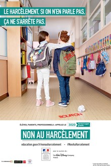 Affiche non au harcelement à l'école primaire