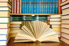 Livres ouverts et documents