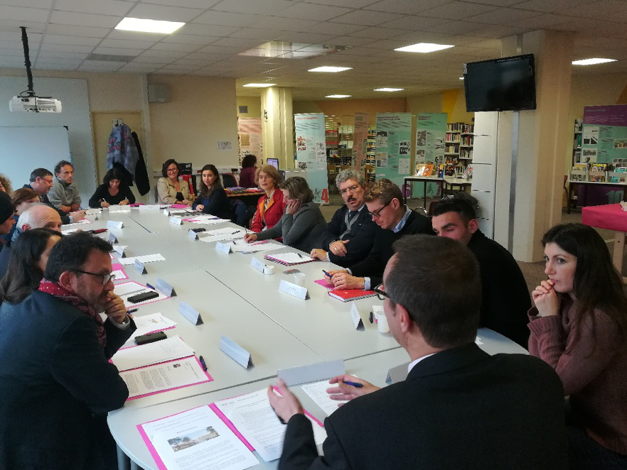 table ronde bezons 1