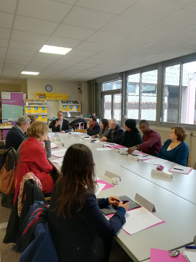 table ronde bezons 2